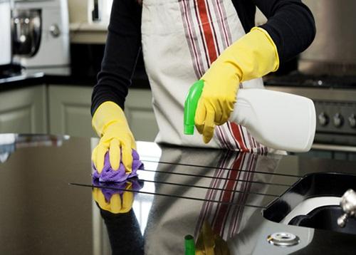 Bếp ăn công nghiệp luôn đòi hỏi vệ sinh và sự sáng bóng