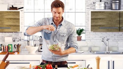 Để cánh mài râu thường xuyên vào bếp là điều không dễ