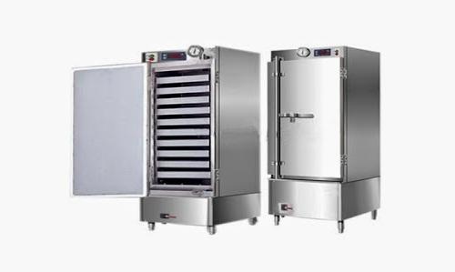 Tủ cơm công nghiệp gồm các khay đựng cơm xếp tầng, nhỏ gọn, phù hợp với mọi không gian bếp